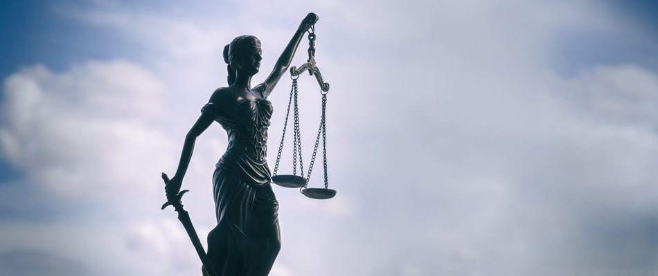 Carvus Law: Justitia